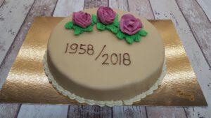 Roomboter creme taart, foto taartenpagina, taarten, bakkerij rob janssen, elsloo, top taarten, naar wens maken, elsloo, zuid limburg, communie, verjaardag,