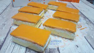 gebak, foto gebakpagina, assortiment, bakkerij rob janssen, elsloo, zuid limburg, oranje tompouces