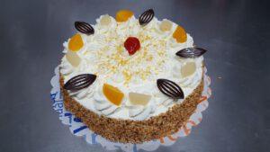 slagroomtaart rond, foto taartenpagina, taarten, bakkerij rob janssen, elsloo, top taarten, naar wens maken, elsloo, zuid limburg, communie, verjaardag,
