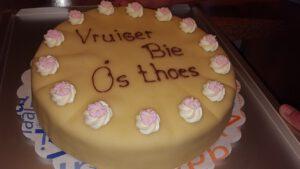 taart vreuger bie oos toes, ,foto taartenpagina, taarten, bakkerij rob janssen, elsloo, top taarten, naar wens maken, elsloo, zuid limburg, communie, verjaardag,