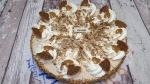 Caramel stroopwafel vlaai, bakkerij rob janssen, luxevlaaien foto pagina, ambachtelijk, slagroom,